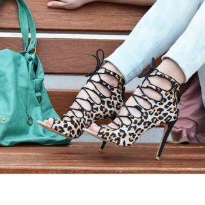 *RARE* Zara Leopard Print Lace Up Ankle Booties